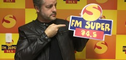 Victor Chaves na rádio FM Super